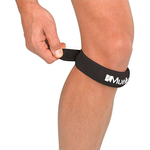 Mueller Jumpers Knee Strap Black: Mueller Sports Medicine Sports Medicine