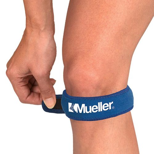 Mueller Jumpers Knee Strap Blue: Mueller Sports Medicine Sports Medicine