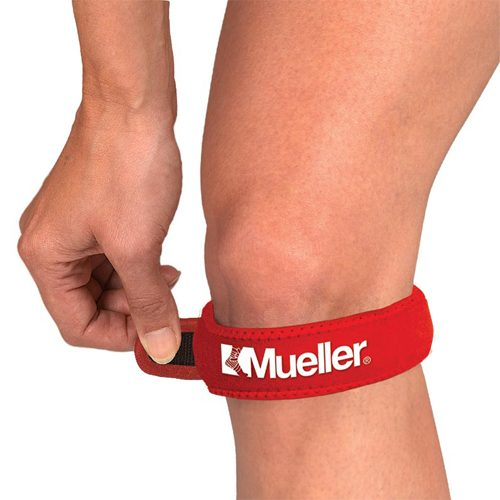 Mueller Jumpers Knee Strap Red: Mueller Sports Medicine Sports Medicine