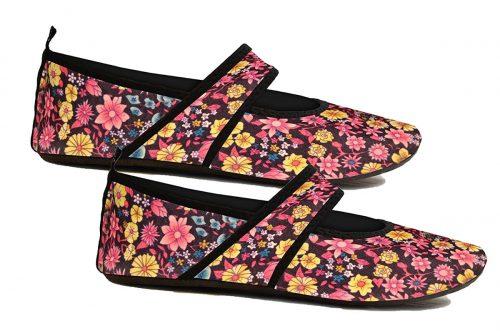 Futsole 2484 Womens Soft-Sided Shoes Black Flowers Medium Fits Shoe Size 7-8
