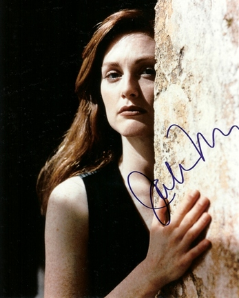 "Julianne Moore Autographed 8"" x 10"" Photograph (Unframed)"