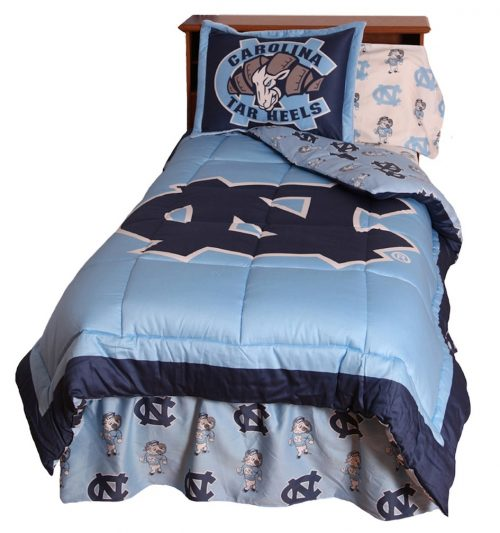 North Carolina Tar Heels Reversible Comforter Set (Queen)