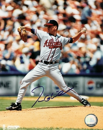 "Tom Glavine ""Action"" Autographed Atlanta Braves 8"" x 10"" Photograph (Unframed)"