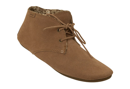 Sanuk Ivana Chukka Shoes - Women's