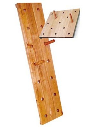 "24""L x 24""H Advanced Elementary Peg Board"