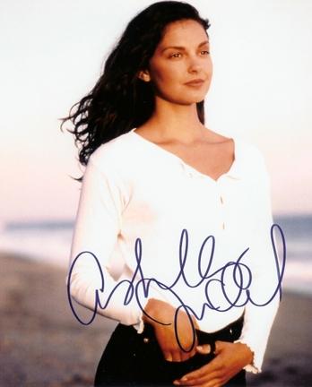 "Ashley Judd Autographed 8"" x 10"" Photograph (Unframed)"