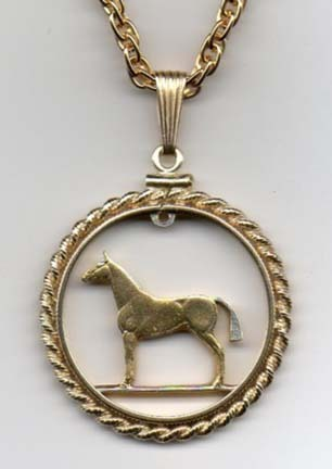 """Irish 20 Pence Two Tone Rope Bezel Cut Out Coin Pendant with 24"""" Chain"""