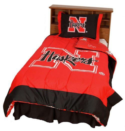 Nebraska Cornhuskers Reversible Comforter Set (Full)