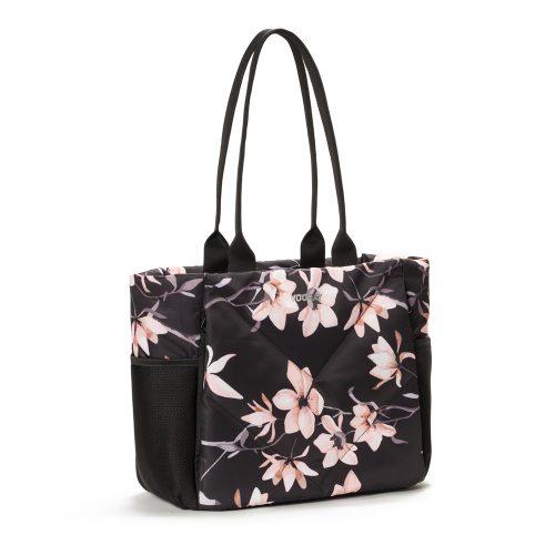 Vooray Aria Tote: Vooray Sport Bags